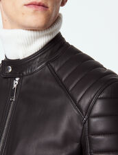 Cazadora de piel con acabados acolchados : Cazadoras & Chaquetas color Negro