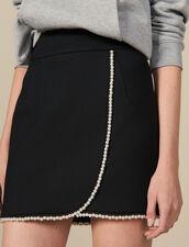 Falda corta adornada con perlas : Faldas & Shorts color Negro
