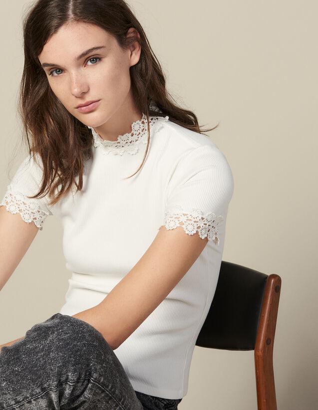 Camiseta, Cuello Alto, Bordada De Guipur : Camisetas color Crudo