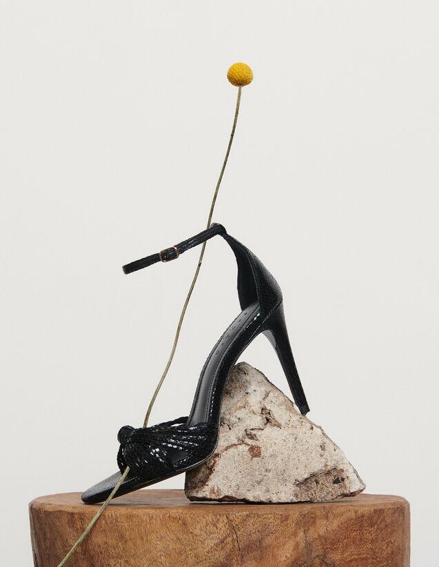 Sandalias de piel repujada : Nueva Colección de Verano color Negro